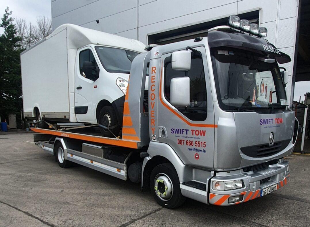 tow truck Dublin: SwiftTow.ie